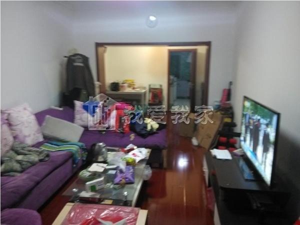 宋庆龄幼儿园旁精装三居室