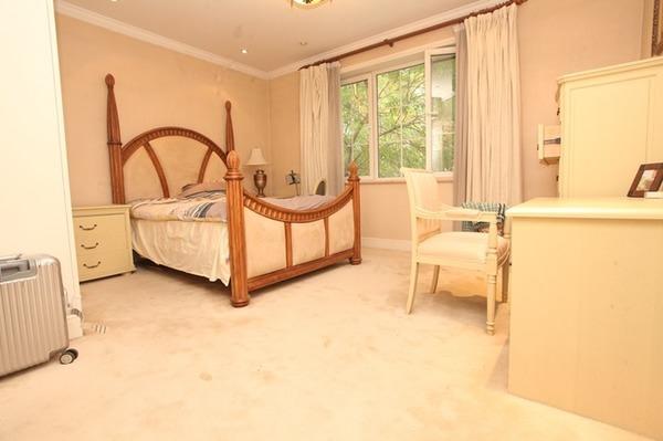 纯美式别墅 超大客厅主卧设计