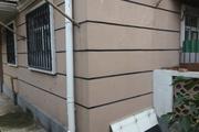 西园北里一楼把角窗户改门可作为店铺