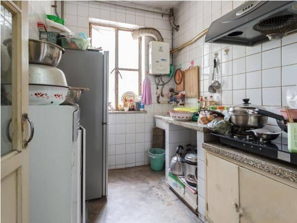 [我爱我家 相约米兰] 福苑小区 74165 一层 两居室 南北通透 把边户型