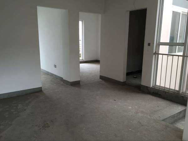 东风阳光城 3联排把头别墅 绝佳户型 带车库 两证满两年-室内图-1